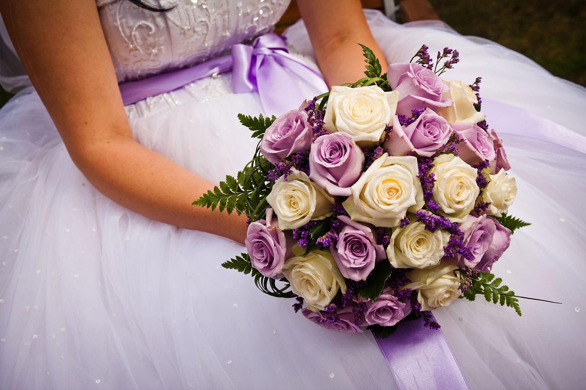 flower-power-wedding-tips