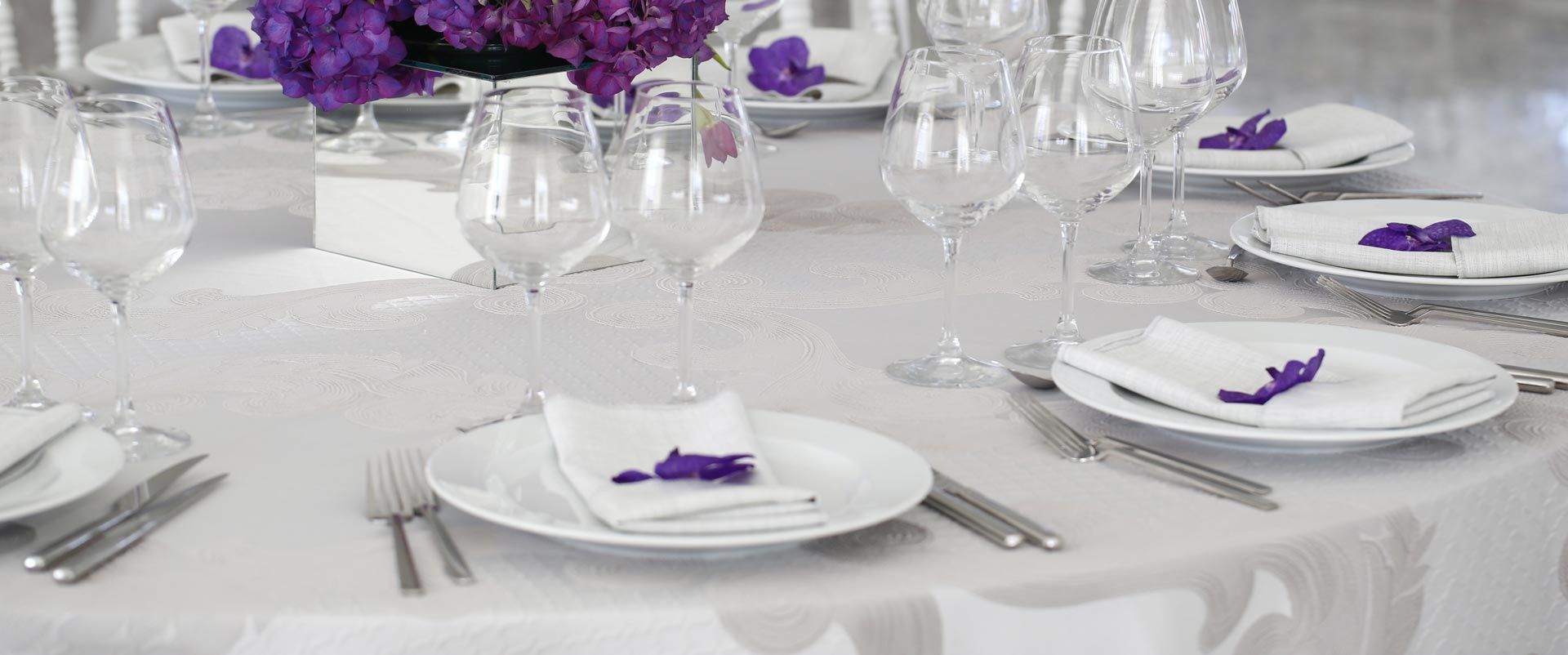 turn-your-event-into-a-fine-dining-experience-linen