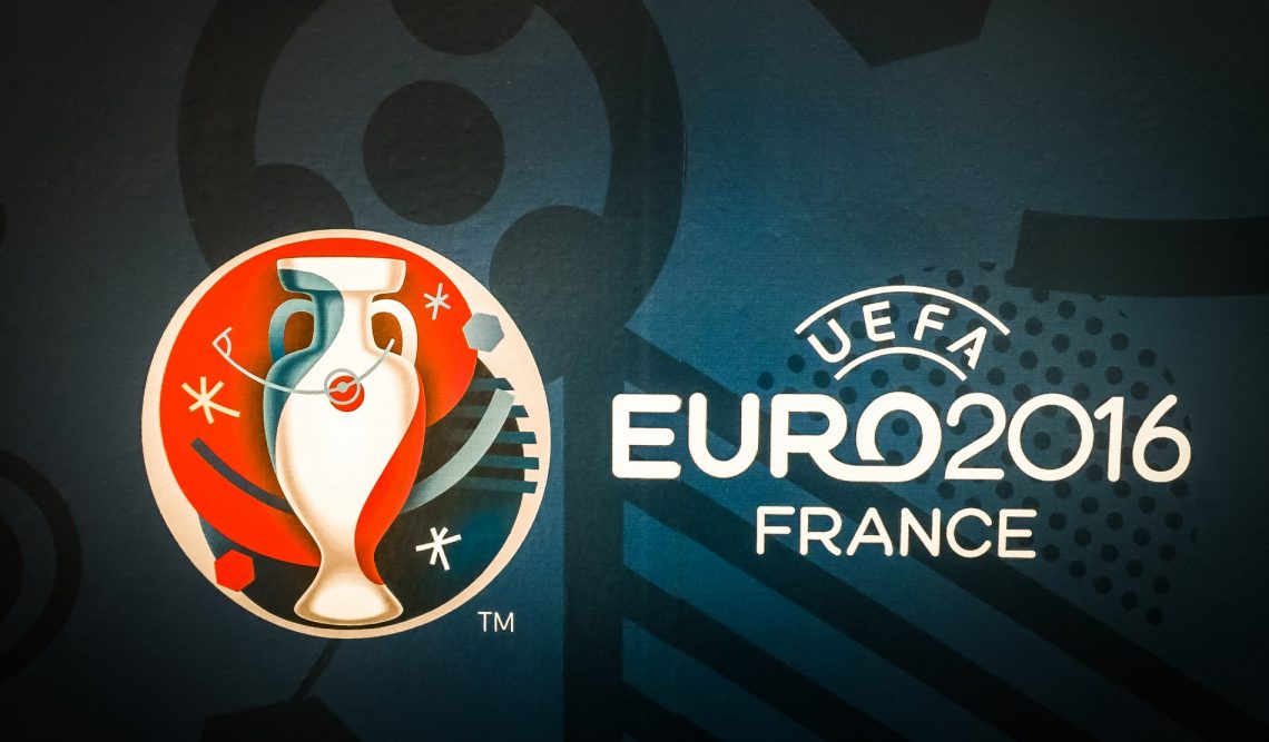 Euro 16 Furniture Hire