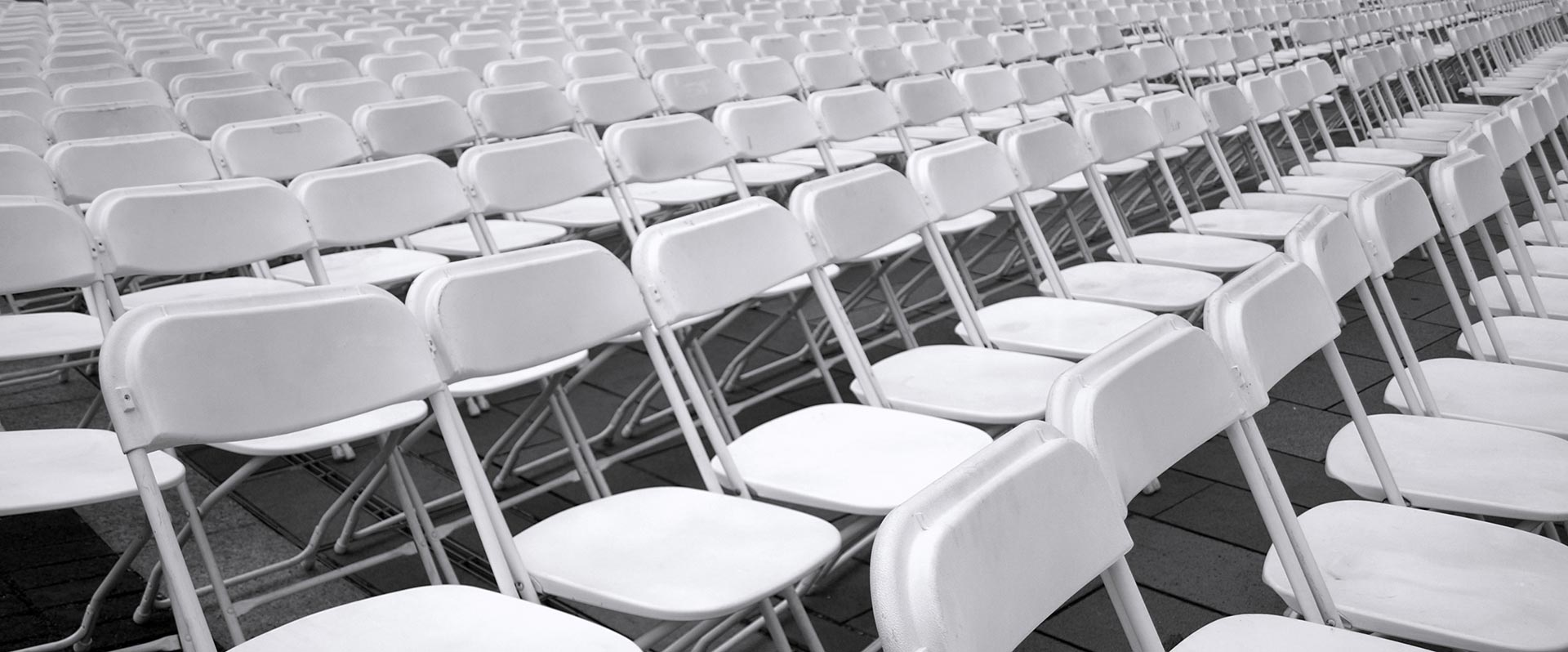 Hiring-The-Right-Chairs-For-Your-Event-Seating-Options