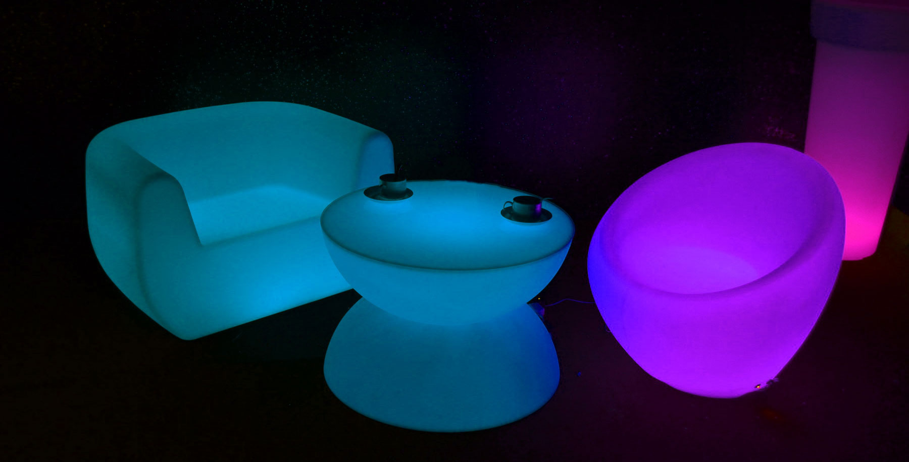 illuminate-your-event-with-led-furniture-led-table-hire