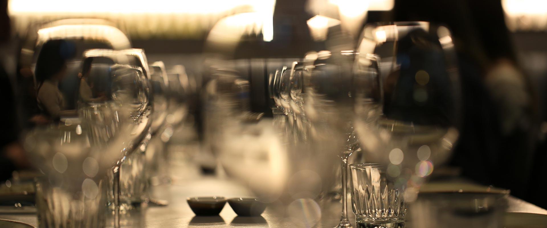tips-hiring-mobile-bar-glassware
