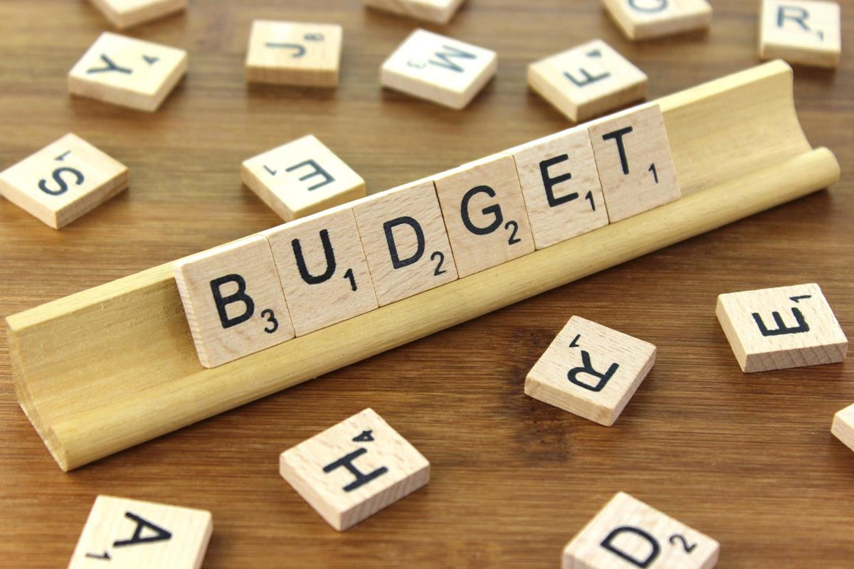 choosing-the-right-event-staff-budget