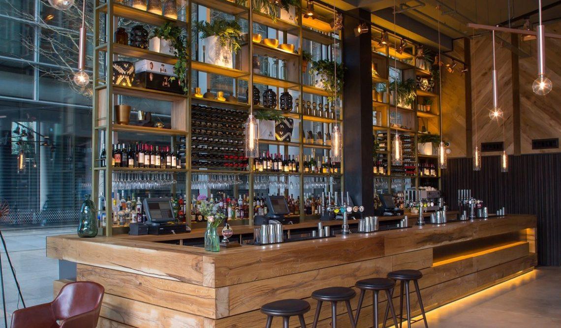 Drake & Morgan Bar