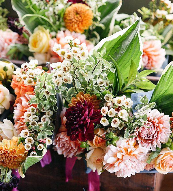 spring wedding colour schemes